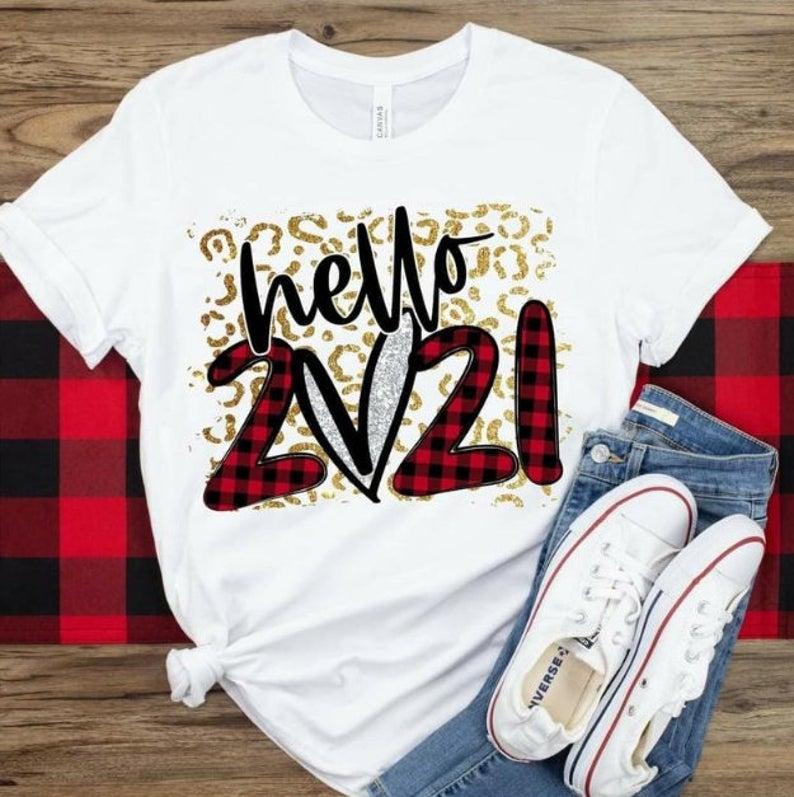 """white tee that says """"hello 2021"""""""